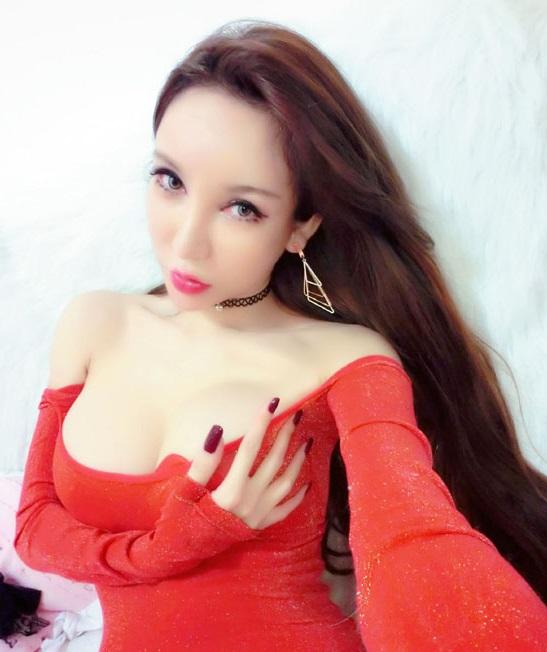 陈怡曼 | 名人 1