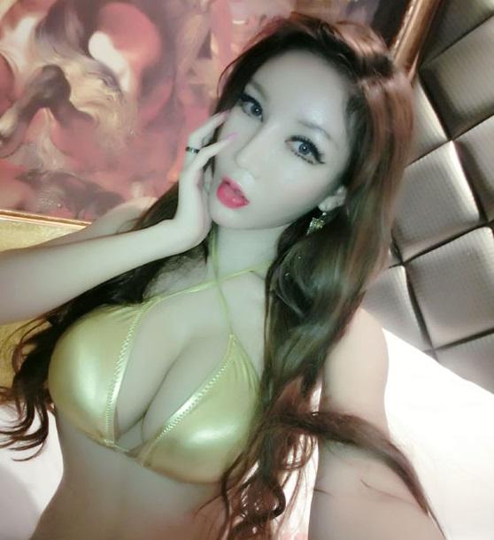 陈怡曼 | 名人 7