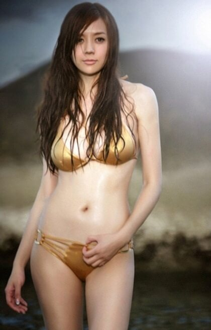 Zhou WeiTong | 中国女孩8